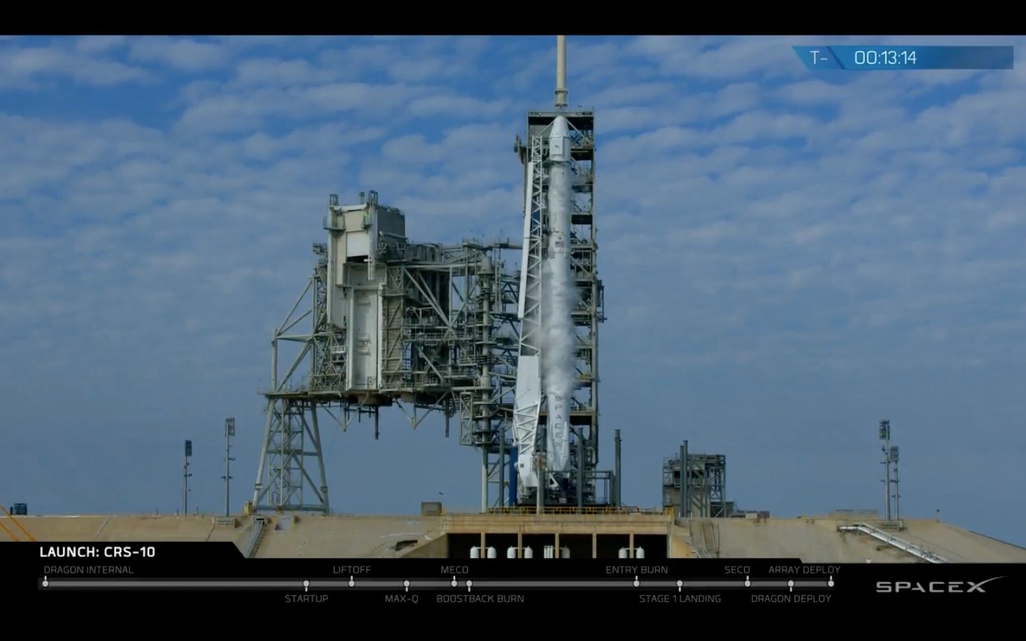 SpaceX Scrubs Cargo Launch from Apollo-Era Pad Due to Engine Issue
