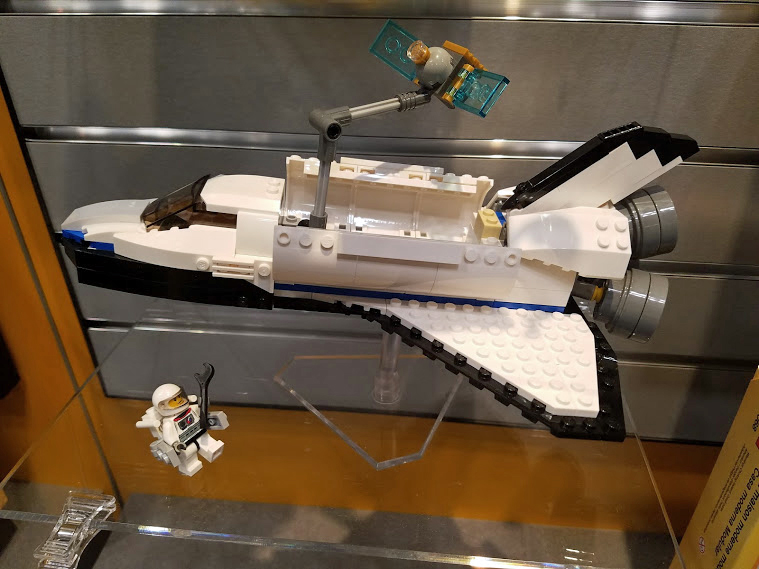 Lego Has a New Space Shuttle and It Looks Awesome