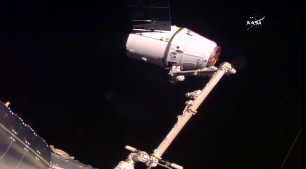 SpaceX Dragon Delivers NASA Cargo to Space Station After 24-Hour Delay