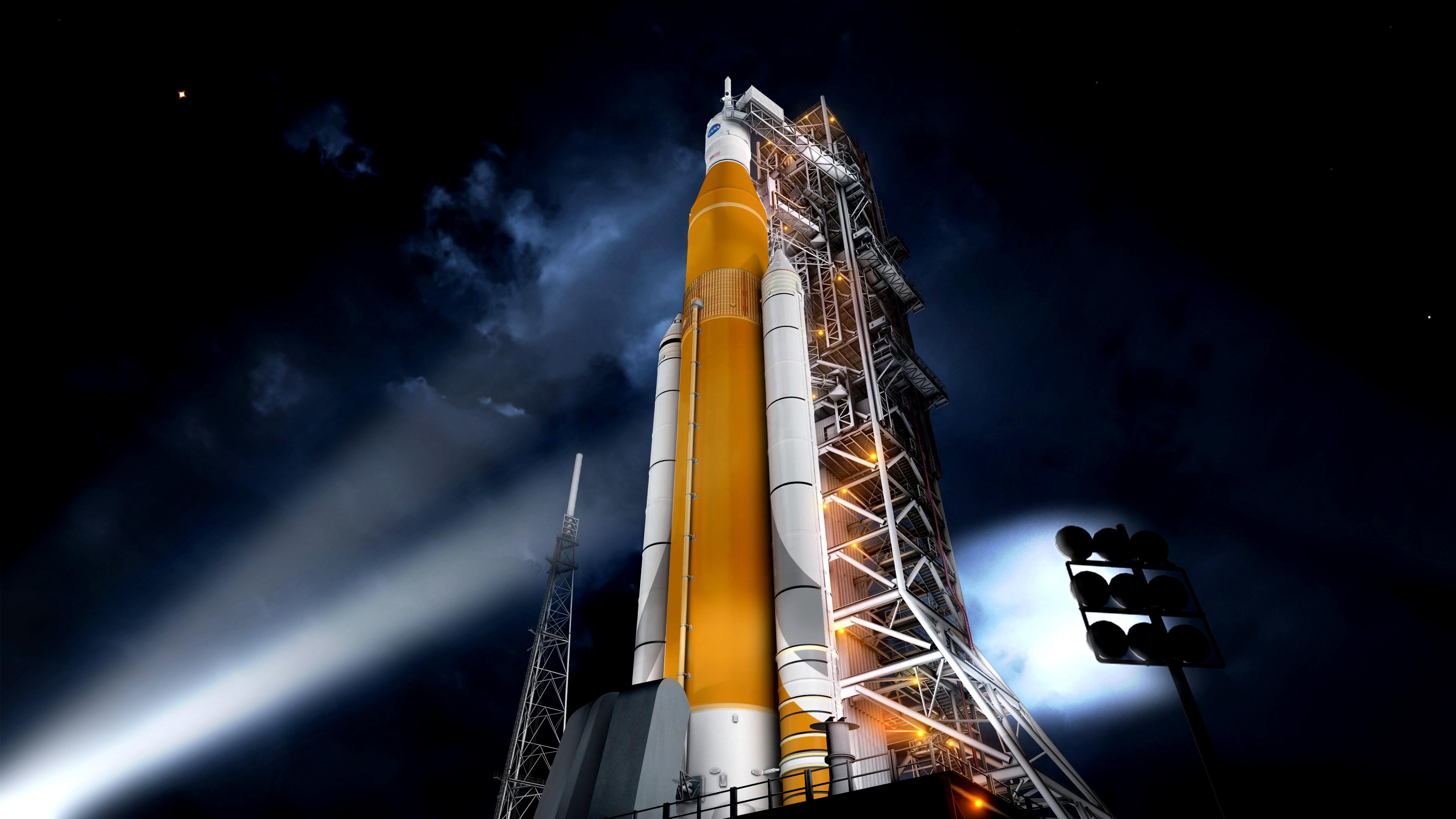 Trump's Departing NASA Liaison Urges Careful Vetting of Crewed Test Flight Idea