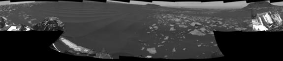 The left side of this 360-degree panorama from NASA's Mars rover Curiosity shows the long rows of ripples on a linear-shaped dune in the Bagnold Dune Field on the northwestern flank of Mount Sharp.