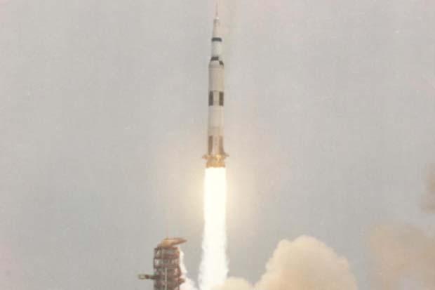 Apollo 13 launch
